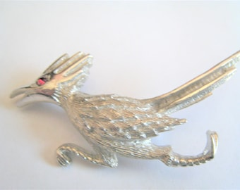 Ulitra Silver Tone Road Runner Pin