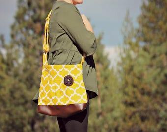 Conceal Carry Purse, Medium Messenger Bag, Mustard Yellow Quarterfoil, Conceal Carry Handbag, Concealed Carry Purse, Conceal and Carry