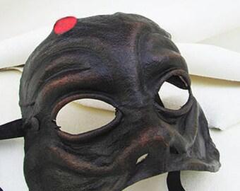 Harlequin mask black dark leather costume larp renaissance wicca pagan burning man fantasy commedia arte comedy theater carnival