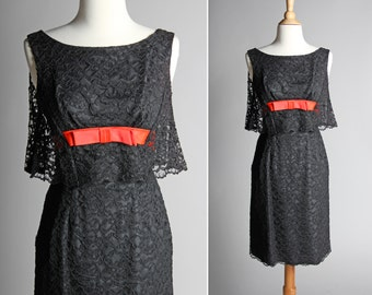 Vintage 1950's Lace Cape Party Dress - 50s Black Cocktail Straight A-line Dress Red Bow Sleeveless Capelette - Size Small S
