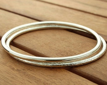 Silver bangle set | silver bangles | stacking bangles | shiny silver bangles | hammered bangle | 3 mm | smooth bangle | made to order