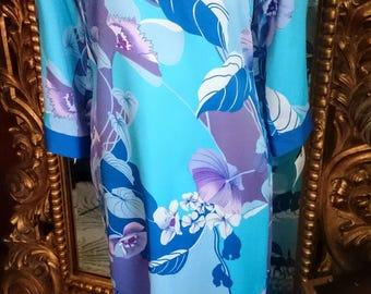 Vintage 1970's  Polynesian Casuals Hawaiian Dress