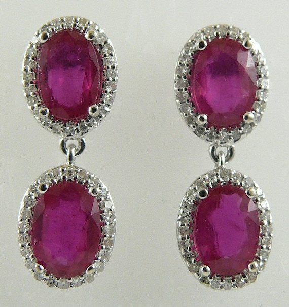 Ruby ( African) 3.83ct Earring with Diamonds 0.31ct 18k White Gold