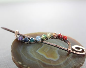 Cardigan clasp or shawl pin in wavy vine design with wrapped rainbow palette - Cardigan clasp - Chakra pin - Multicolor pin - SP003