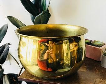 large vintage brass pot // vintage brass planter // big brass pot // mid century modern brass planter // brass plant stand