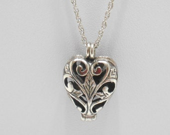 Vintage Comco Hinged Heart Pendant Necklace (2308)