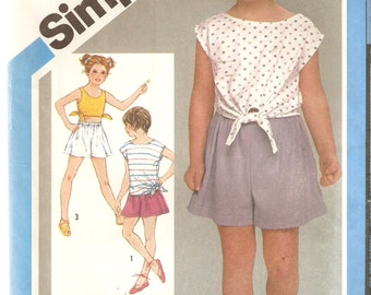 VINTAGE Simplicity Sewing Pattern 6474 - Children's Clothes, pull on shorts and top, Size 3-5