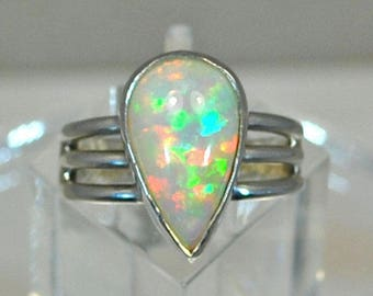 Sterling silver ring with Ethiopian opal