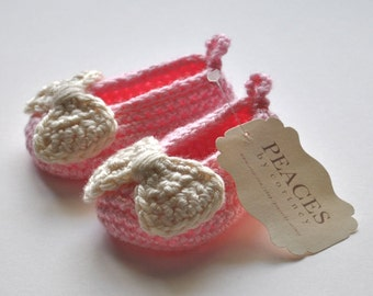 Baby & Co Baby Shoes - Pink Baby Slippers with Off White Bows
