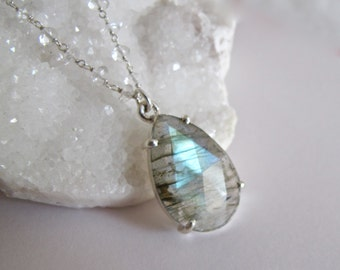 Pear Shape Labradorite Necklace- Faceted Labradorite Beaded Necklace- Unique Gemstone Bridal Necklace- Jewelry Gift for Her-Wedding Necklace