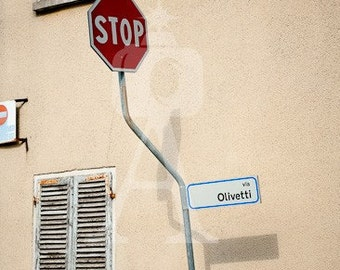 Via Olivetti Canvas