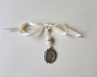 Bridal Wedding Bouquet  Photo Charm Pendant Memory Locket Photo Frame Charm with ivory pearls and lobster clas and an organza gift Bag