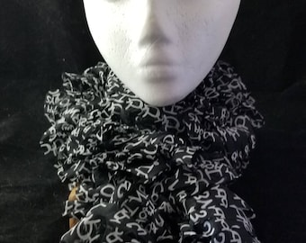 Black and White Ruffled Scarf