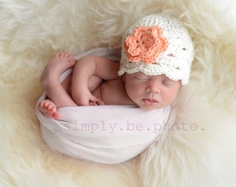 Baby Girl Beanie, Crochet Newborn Hat, Baby Girl Hat, Newborn Beanie, Newborn Baby Hat, Newborn Prop, Baby Newborn Hat, White Coral