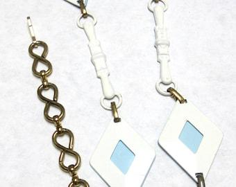 Metal Chain Belt Gold White Blue Geometric