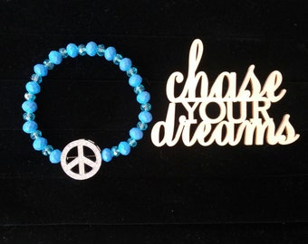 Peace of the Blues - beaded stretch bracelet