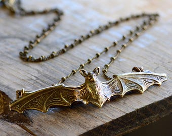 Elvira's Vampire Bat Necklace, Mistress of the Dark Necklace, Bat Necklace, Halloween Necklace, Halloween Jewelry, Bat Jewelry EL_N119