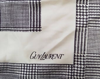 Vintage 70's GUY LAURENT Houndstooth Print Silk Twill Scarf