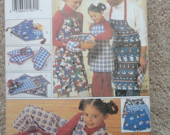 Butterick 4119 Christmas gift package 2001