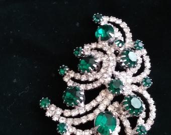 Vintage Brooch Pin SIGNED KRAMER emerald and white Rhinestone Jewelry