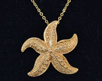 Vintage Starfish Pendant Necklace in Gold Tone Metal