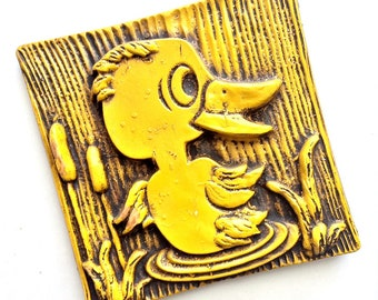 Yellow Duck Plaque, Vintage Yellow Duck Wall Decor, Duck Wall Hanging, Faux Wood Duck Carving, Faux Carved Yellow Duck Art, Yellow Duckling