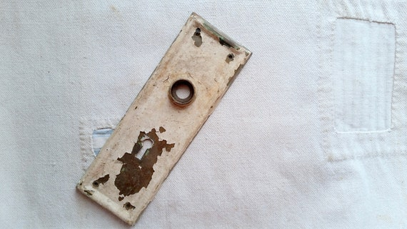 Salvaged Key Plate Antique Door Plate Keyhole Plate Salvaged Door Hardware Salvaged Hardware Chippy Key Plate Escutcheon Farmhouse from MustLoveJunk ... & Salvaged Key Plate Antique Door Plate Keyhole Plate Salvaged Door ...