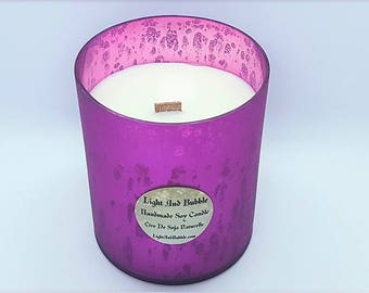 Large white soy candle in a pink glass jar - wooden wick - Oriental frankincense scented
