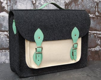 Laptop bag, felt laptop bag with leather straps, messenger, shoulder bag, crossbody bag, waterproof lining