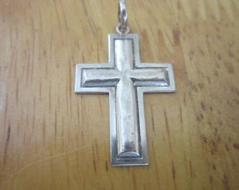 Native American 14 K White Gold Christian Cross with Jesus Silhouette Precious