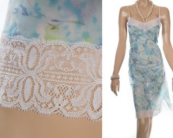 Beautiful 'Trevira' sheer silky subtle aqua and turquoise floral design nylon and delicate ivory lace detail 70's vintage full slip - S350