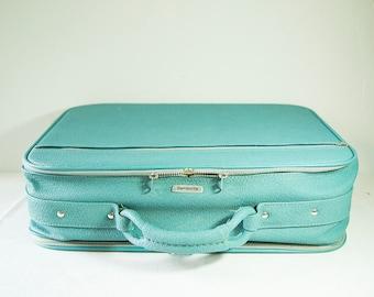 Vintage 1970s Aqua/Blue Samsonsite 'Silhouette' Luggage - Great Condition!