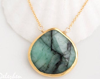 Raw Emerald Necklace - May Birthstone Necklace - gemstone necklace - Gold Necklace - Green Emerald Necklace