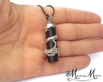 Pendant with dragon and natural Black Onix