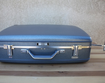 Vintage American Tourister Suitcase - metallic blue - great vintage condition