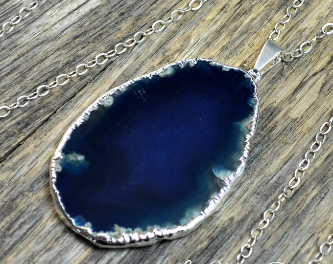 Agate Necklace, Blue Agate, Agate Pendant, Agate Slice, Silver Agate, Agate Stone, Stone Necklace, Agate Gemstone, Sterling Silver Chain