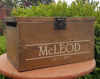 Rustic Wedding Card Box, Card Holder, Rustic Wedding, Wood Card Box, Wedding Decor, Card Box with Lock, Rustic Wedding, Keepsake Box