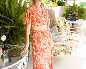 2 PC 60's Mod Set Poolside Groovy Long Skirt button front Crop Top Orange Red Cream Floral Keely Smith S-M Brand New Old Stock