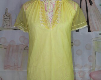 Vintage Yellow Night Gown