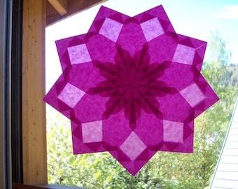 Window star, model 'Clover', folded paper, transparency, seasonal, Waldorf, Montessori sensorial awakening table.