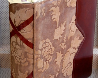 Luxury Italian leather photo album with suitcase