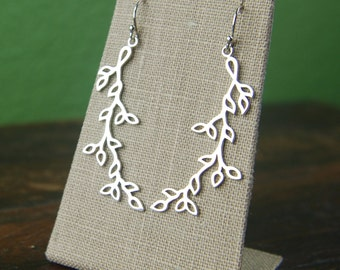 Branch earrings in sterling silver, vine earrings, leaf earrings, sterling silver leaf, silver branch, leaf jewelry, mother's day