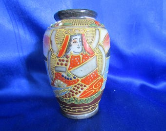 Japanese Hand-decorated Small Vase
