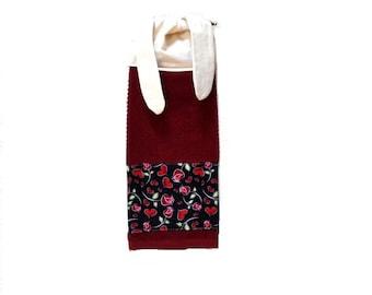 Valentine Towel, Kitchen Hand Towel, Valentine Decor, Tie on Towel,  Hanging Tea Towel, Valentine Hand Towel, Dish Towel, Stove Towel