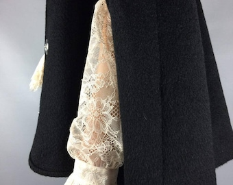 Wool cape 1990s Vintage coat Black cape Medium Hooded cape Cape Winter cape Black wool cape Poncho Wool coat Jacket Short cape Black poncho