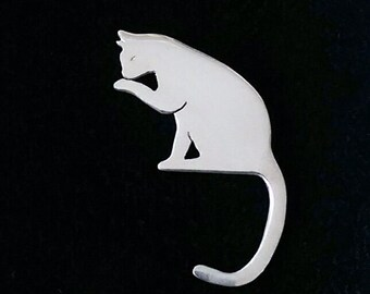 Cat brooch in Sterling Silver