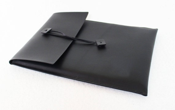Cover portable style, with security flap. iPad case or Macboock case, 11, 13, 15, 17 inches.