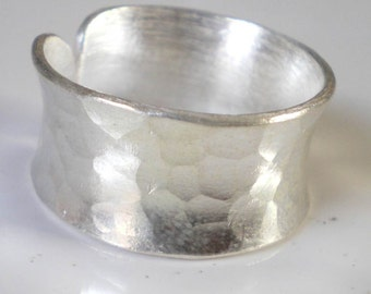 Large Hammered sterling silver ring - textured wedding ring