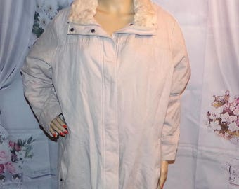 Woman's Winter  Coat With Hood High Fashion Faux Fur lined Size XL Vintage Coat Low and Fast Shipping
