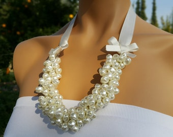 Pearl Necklace, Wedding Necklace, Bridal Jewelry with Bows, Brides Bridesmaids gifts